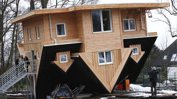 10 Unusual Houses That Stand Upside Down Home