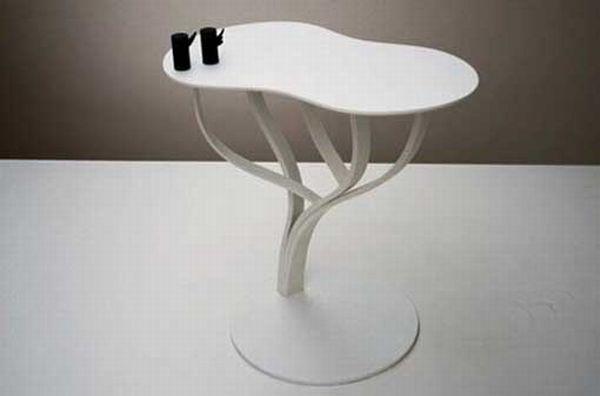 White Trees Unique Table
