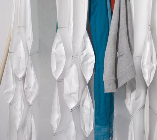 yukata coat rack detail