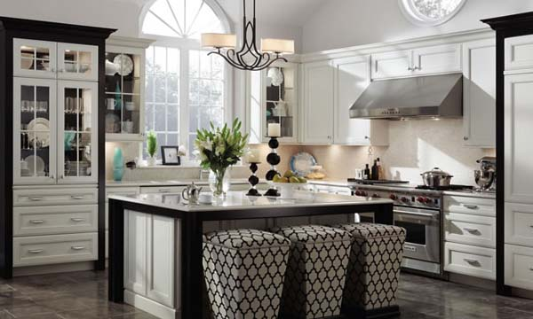Trditional wood kitchen cabinets design