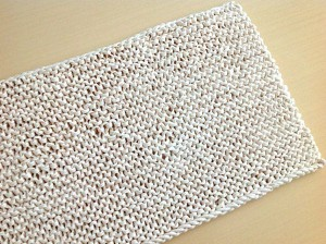 Knit-rug-in-cream