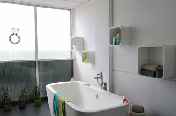 bathroom-design-shipping-container-house
