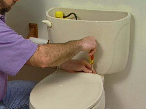 DPB103_toilet-replacement_01_s4x3_lg