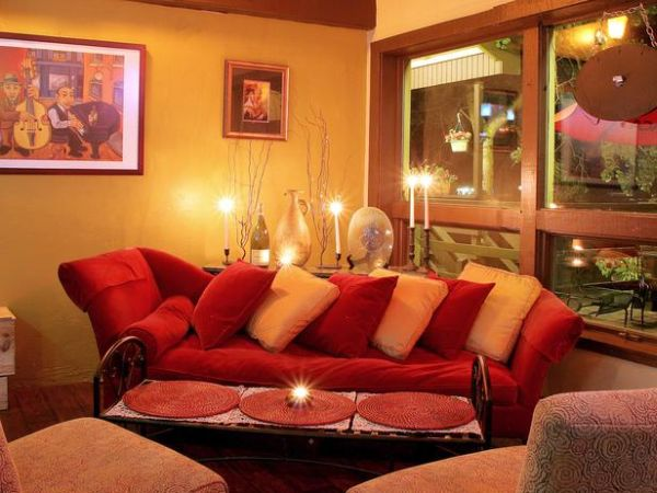 DP_Priya-Bhakta-Nair-Eclectic-Living-Room_s4x3_lg