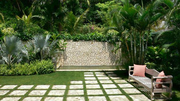 Simple-home-garden-Interior-Design