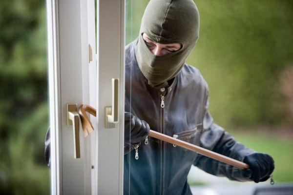 burglar-next-door-1024x682