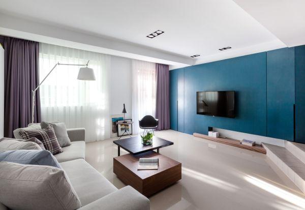 1-Blue-purple-living-room