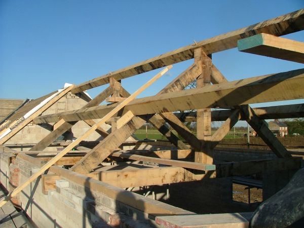 Roof-and-trusses