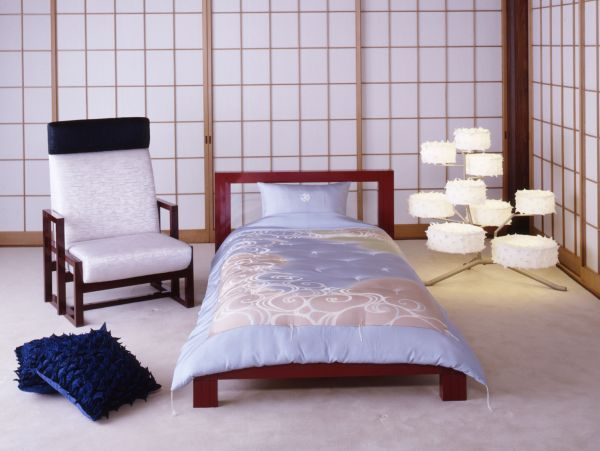 Sensational-Japanese-Bedroom-Design-ideas-with-Small-Contemporary-Decoration-Ideas