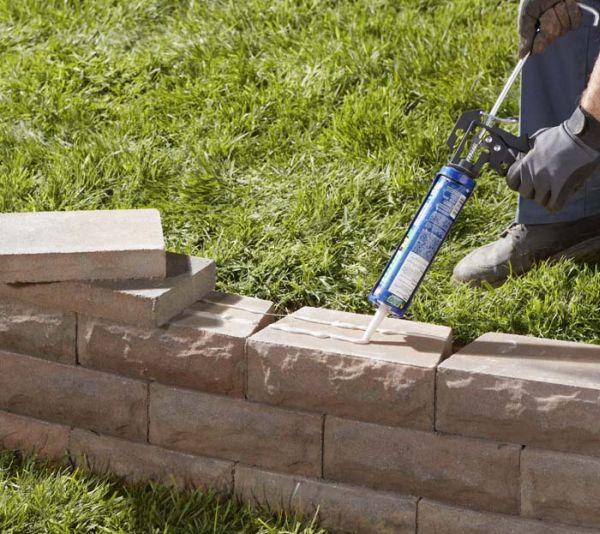 build-retaining-wall-adhesive