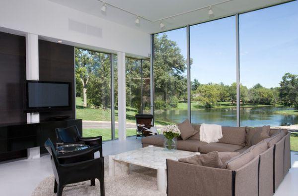 lake-living-room-big-windows