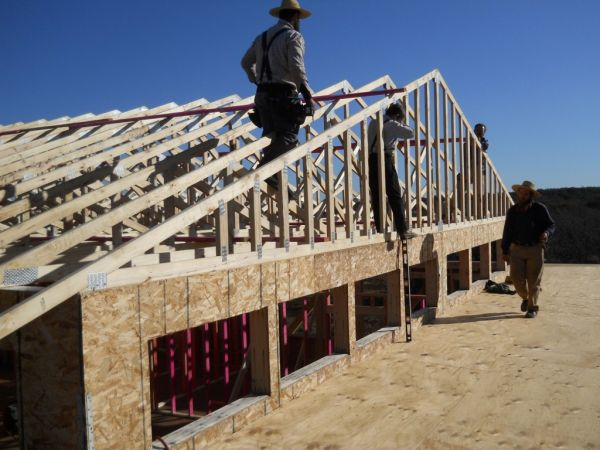 roof-design-attic-roof-truss-design-save-valuable-roof-truss-design-1024x768