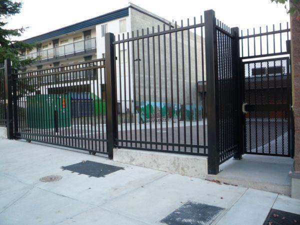 Fence-Design-Lowes-716x537