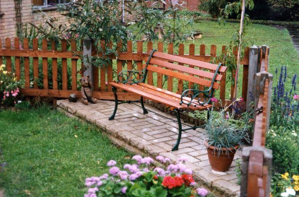backyard bench_8