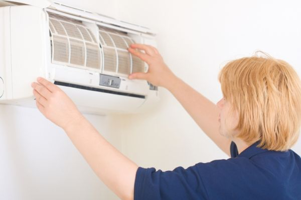 changing air conditioners filter