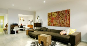 decoration of living room using Oil paintings_2