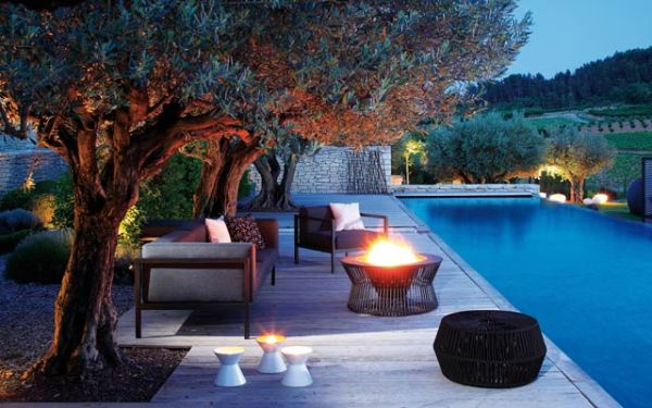 Bring Outdoor Oasis to Your Backyard_3