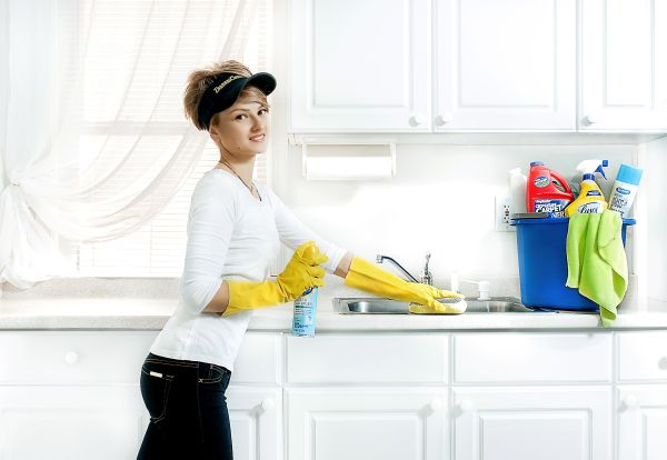 clean your kitchen counters