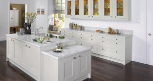 Shaker Doors in Kitchen Interiors_2