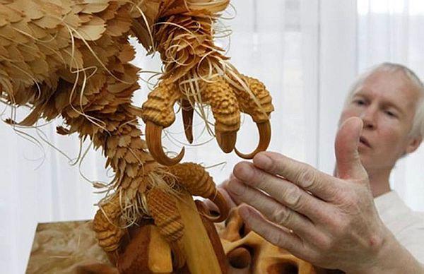 Wood Chip Art by Sergei Bobkov