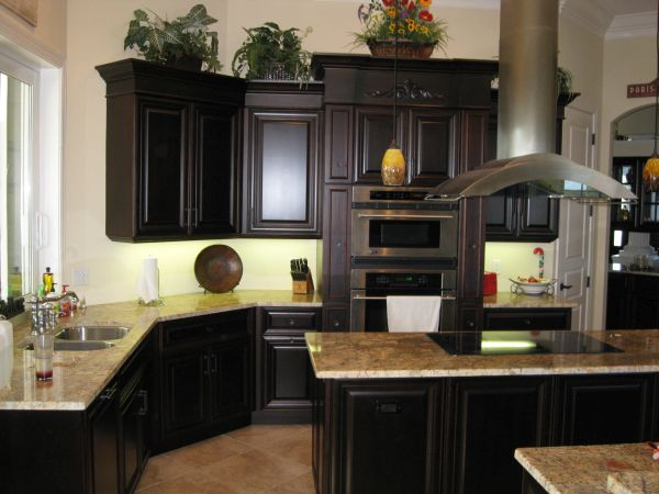 kitchen with black cabinets (3)