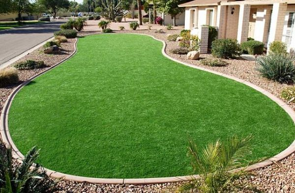 maintaining your artificial grass lawn 2