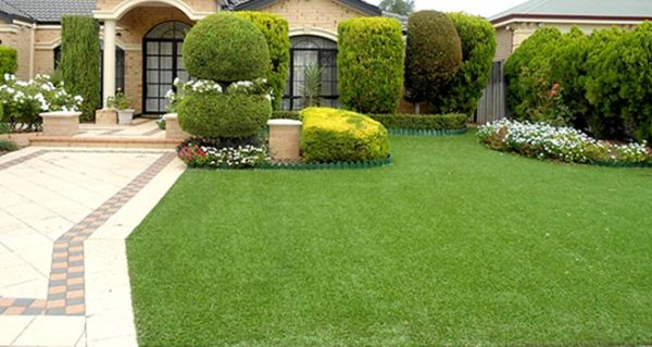 maintaining your artificial grass lawn 7