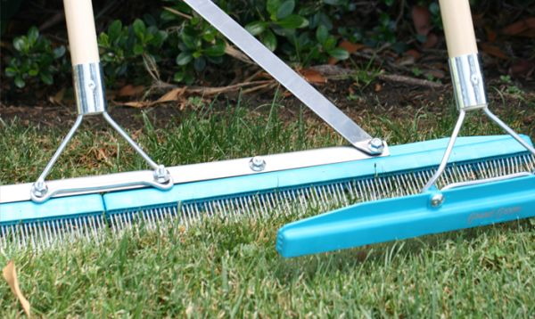 maintaining your artificial grass lawn 8