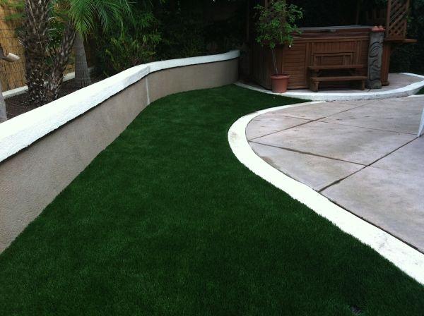 synthetic turf in your backyard 2