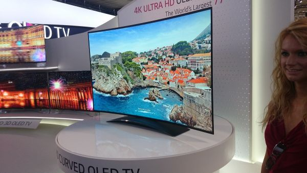 4K Ultra HD OLED TV 2