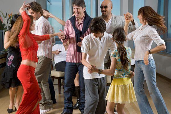 housewarming party (2)