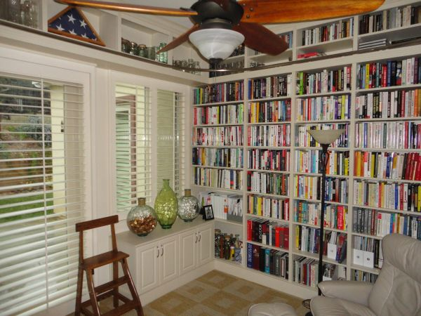 organized home library (5)