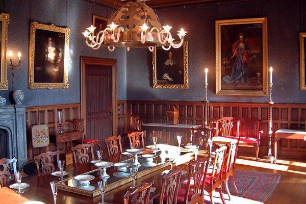 Victorian style Gothic interiors (7)