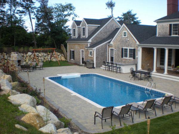 backyard pool  (1)