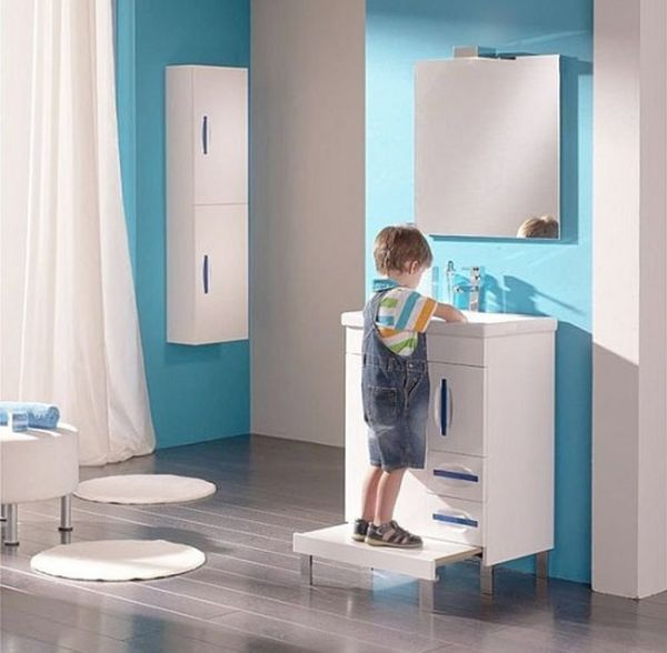 Fun ways of decorating your kid s bathroom hometone for Home automation shower