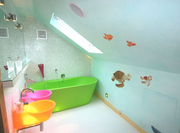 kid's bathroom  (3)