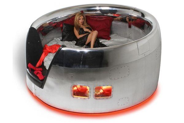 Big round jumbo jet bed