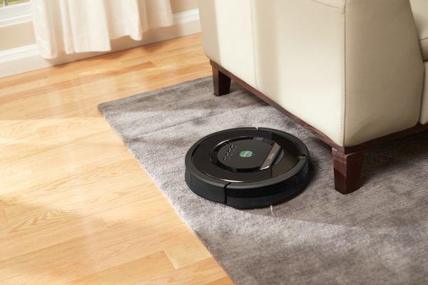Roomba 800 Robotic vacuum cleaner