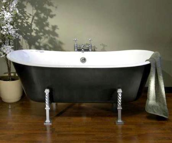 Cast iron bathtubs