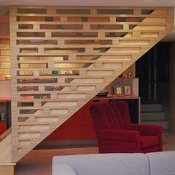 Floor- Ceiling Banister Staircase