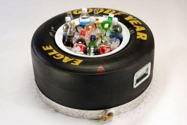 Beer Bottle Cooler made of old tyres