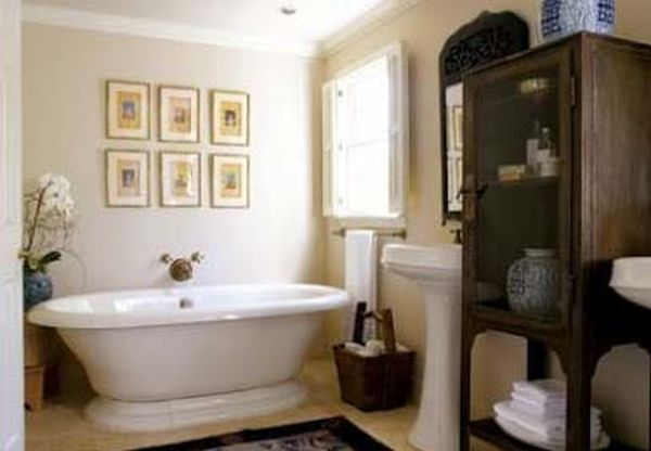 colonial style bathrooms (6)