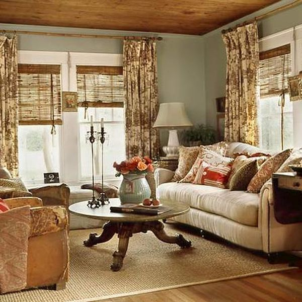 Lake Home Decor: Ideas To Employ When Decorating Your Lakehouse Cottage On