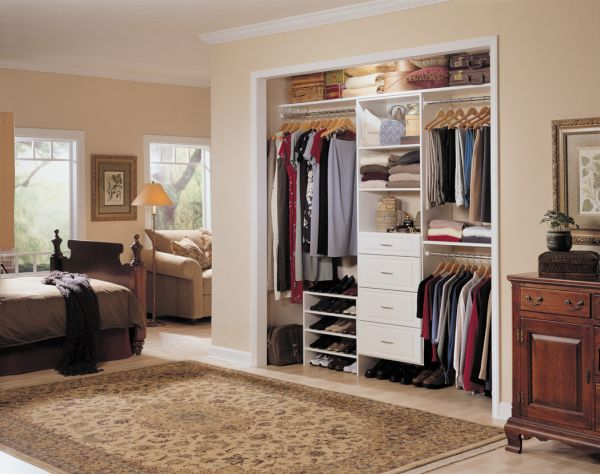 excellent closet (2)