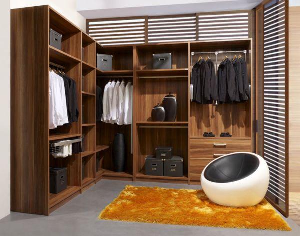 excellent closet (6)