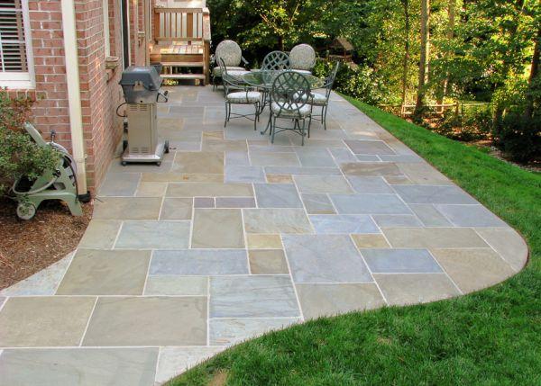 Flagstone patio (1)