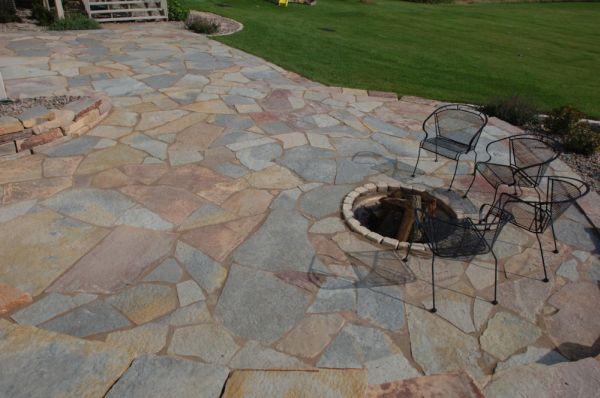 Flagstone patio (2)