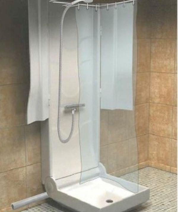 Folding shower
