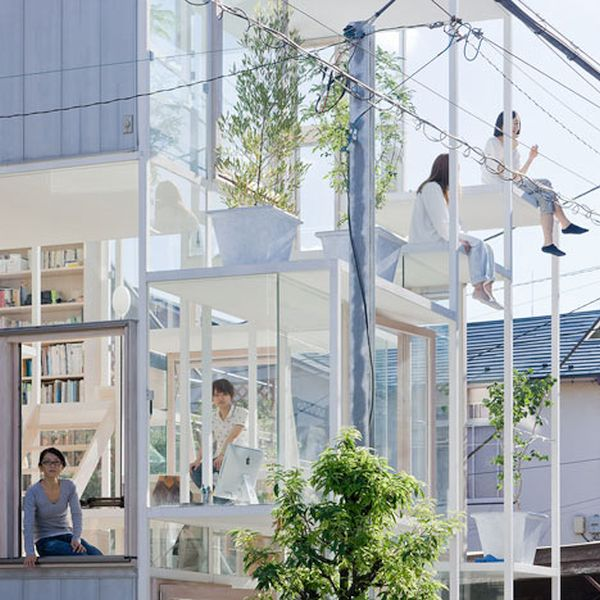 Glass House, Japan