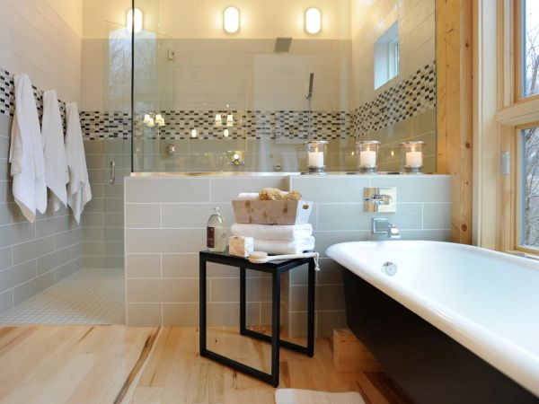 SPA BATHROOM (1)